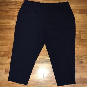 NWT T by Talbots navy active plus Capri pants new